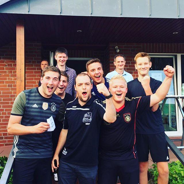 Heute bei der #Sportwoche beim #Bubblefussball haben wir den ersten Platz gemacht  #zlw2017  #champions #wietmarschen #Zeltlager
